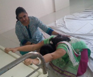 Pregnancy back pain exercise in Vashi Navi Mumbai, FabMoms